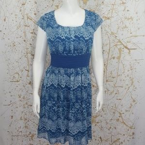 Gianni Bini   Blue and White Mandala Print Dress